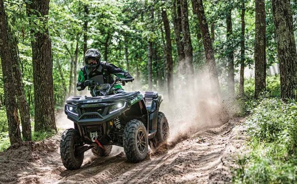 Квадроциклы Arctic Cat 2015